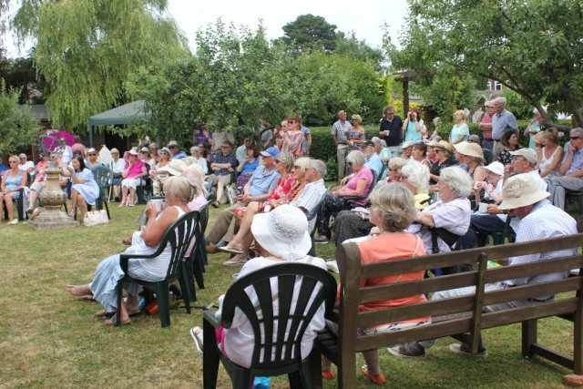 Music In The Garden - visitors